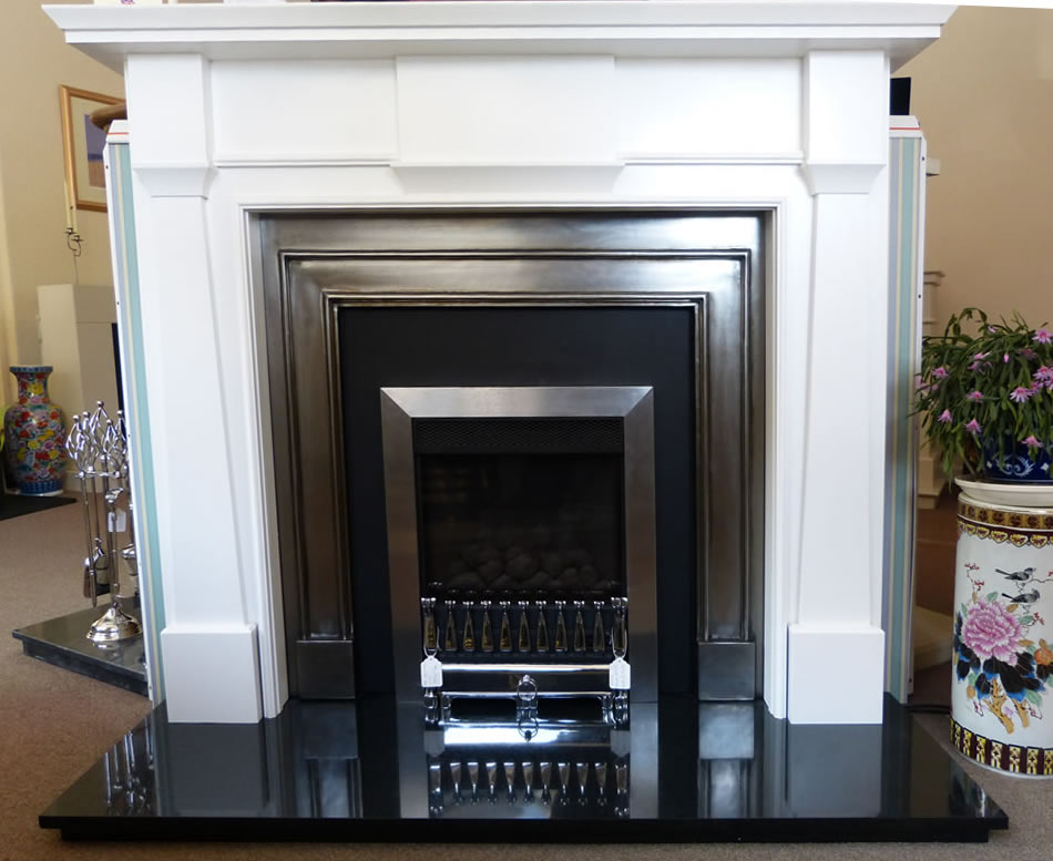 Gazco glass fronted kensington in white mantle