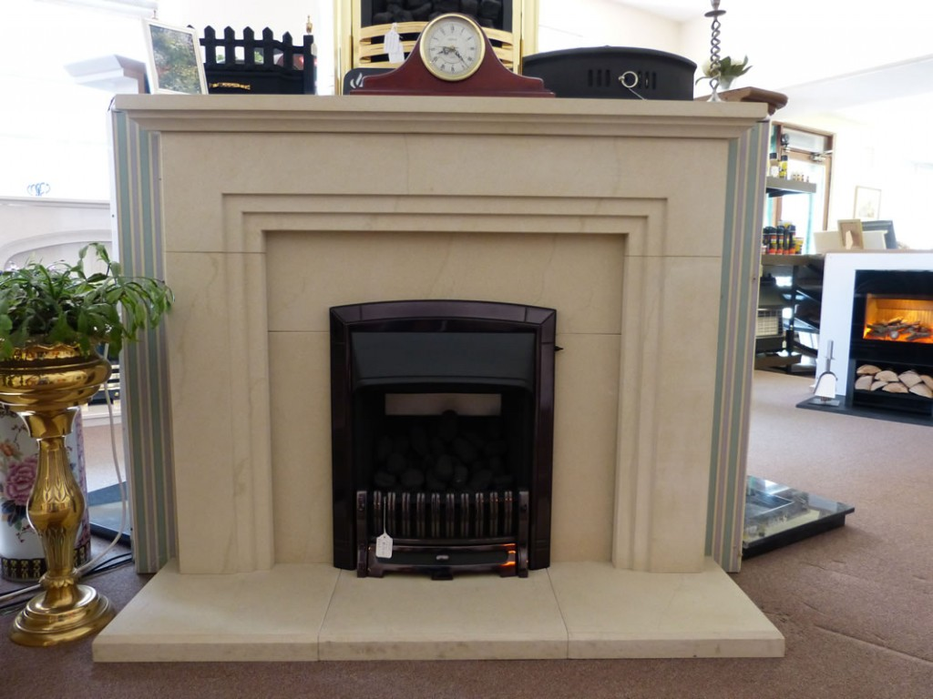Valor dream fire with sandstone mantle